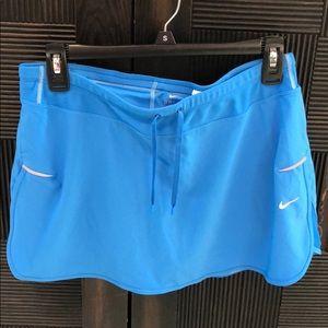 Nike skort size medium dri fit